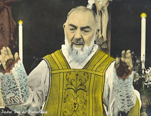 Witnesses have seen Baby Jesus in the arms of Padre Pio