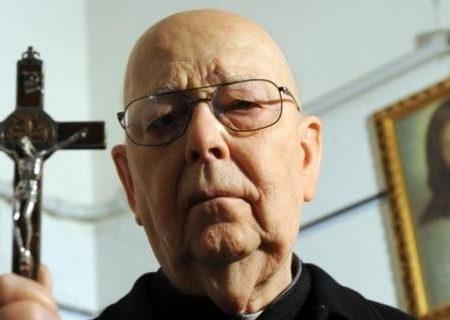 Padre Amorth in un'intervista ci svela tutti i trucchi di Satana (Video)