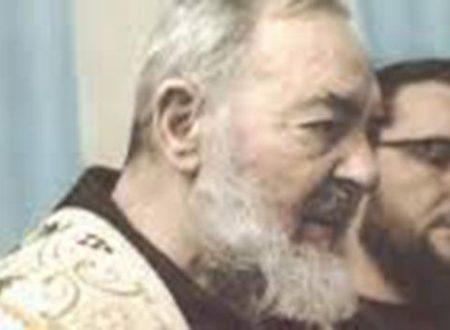 """""""Ero in coma. Ho visto Padre Pio e sono guarita"""". MIRACOLO"""