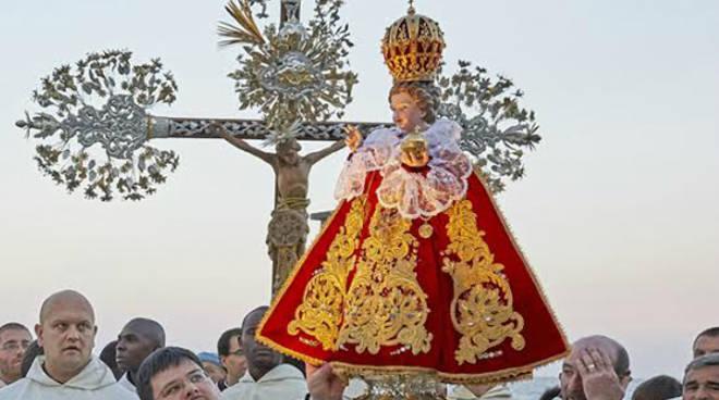 Gesu Bambino Dalla.Preghiera Al Gesu Bambino Di Praga Per Ottenere Una Grazia Rivelata Dalla Madonna Ilblogdellapreghiera