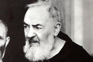 La preghiera che Padre Pio recitava sempre. Fatta con fede e perseveranza fa miracoli
