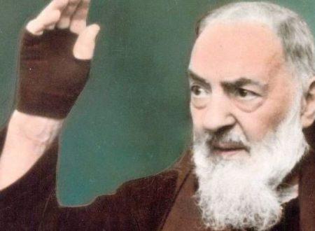 Padre Pio recitava ogni giorno queste due preghiere per chiedere grazie a Gesù e Maria