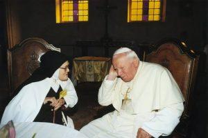 Scontro finale tra Dio e satana. La profezia di Suor Lucia