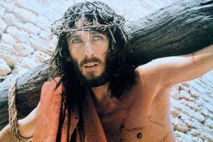 Gesù promette grazie copiose per chi recita questa coroncina