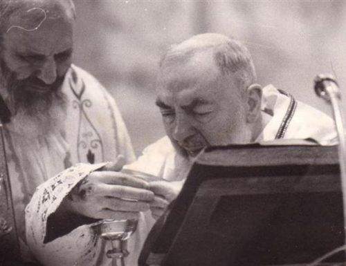 Nrara nye Padre Pio: ndị Saint gwara gị otu esi eji Bible