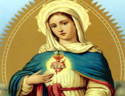 Devozione poco conosciuta a Maria: la Madonna promette un potente aiuto