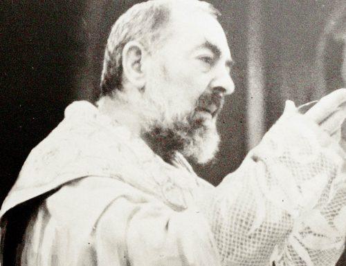 Kujitolea kwa Watakatifu: wazo la Padre Pio leo Novemba 18
