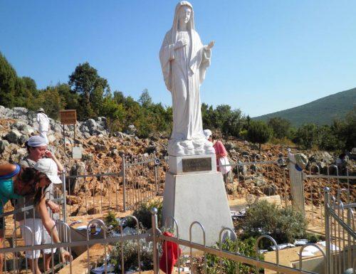 La Madonna di Medjugorje ti insegna la preghiera a Dio per chiedere perdono