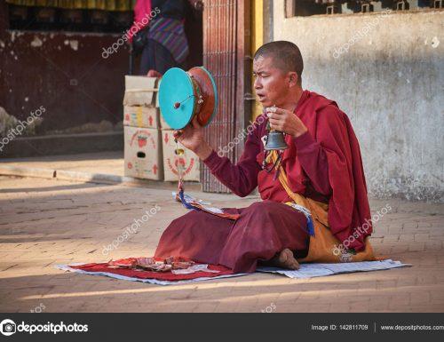 Jukumu la kuimba katika Ubuddha