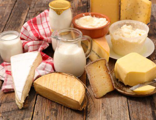 Perché gli ebrei mangiano latte su Shavuot?