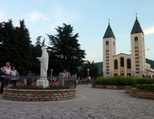 Medjugorje: Rosario Suci, Bunda Maria, berbakti, menyelamatkan orang muda dari dadah
