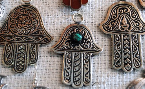 Giudaismo: la mano di hamsa e quello che rappresenta