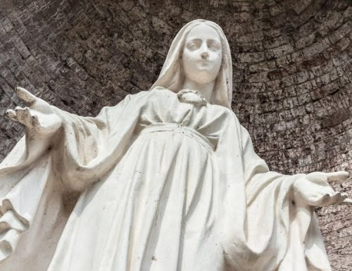 Devozione pratica del giorno: come onorare la nascita di Maria