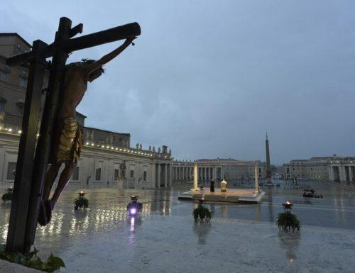Il Vaticano autorizza le Messe speciali e le preghiere del Venerdì Santo per la pandemia di coronavirus