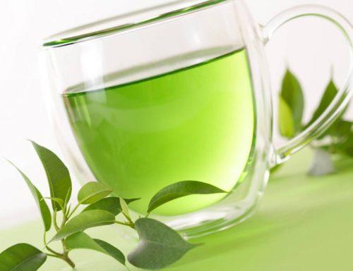 Dieta del te' verde: perdere peso migliorando ossa e tessuti