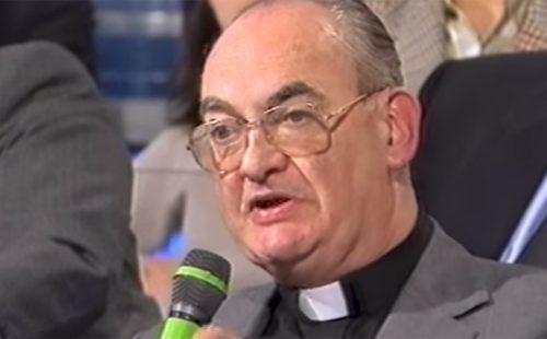"""Onye ụkọchukwu nwụrụ ma dịghachi ndụ """"ahụrụ m Jizọs, Nwanyị nwanyị anyị na Padre Pio"""""""