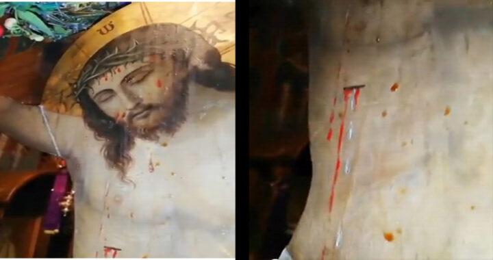 Successo ieri, Sangue e lacrime trasudano dall'icona di Cristo (video)