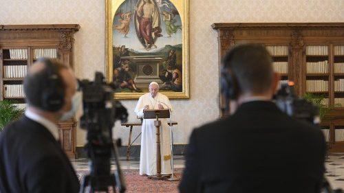 Papa Francesco: lo Spirito Santo illumina e sorregge i nostri passi