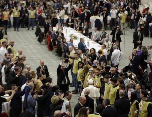 """Vertice di Assisi per concentrarsi sulla sfida del papa all'economia """"patologica"""""""