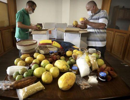 I fratelli colombiani lanciano il mercato per gli agricoltori amazzonici in difficoltà