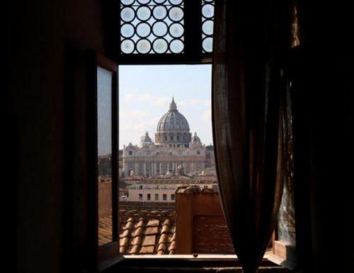 """All' Angelus, il Papa afferma che Gesù è il modello dei """"poveri in spirito"""""""