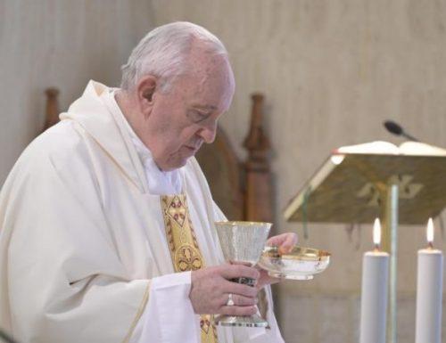 Papa Francesco  invia un messaggio ai sacerdoti argentini malati di coronavirus