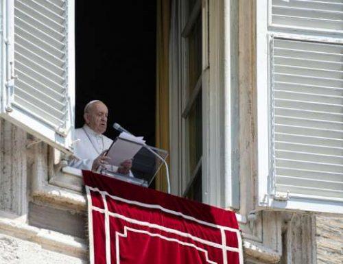 """Papa Francesco: """"Se vogliamo, possiamo diventare un buon terreno"""""""