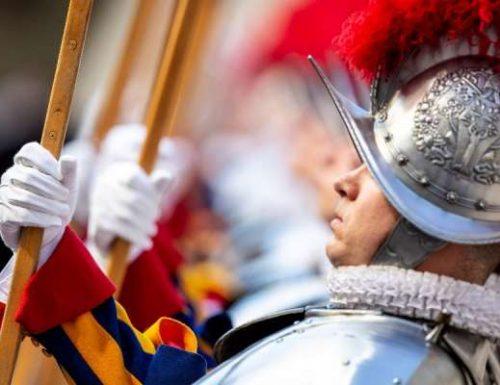 Dua ujian Swiss Guards lain positif untuk coronavirus