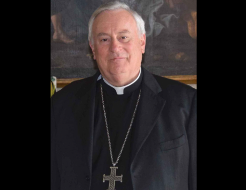 Kardinal Bassetti positif bagi kovid 19