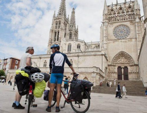 Папа обележава отварање Светих врата у Сантиаго де Цомпостела