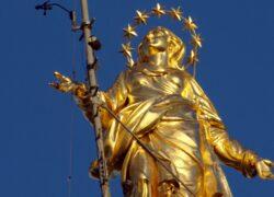 Madonnina di Milano