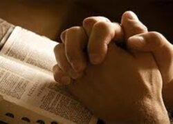Paus Francis: kita mesti berdoa
