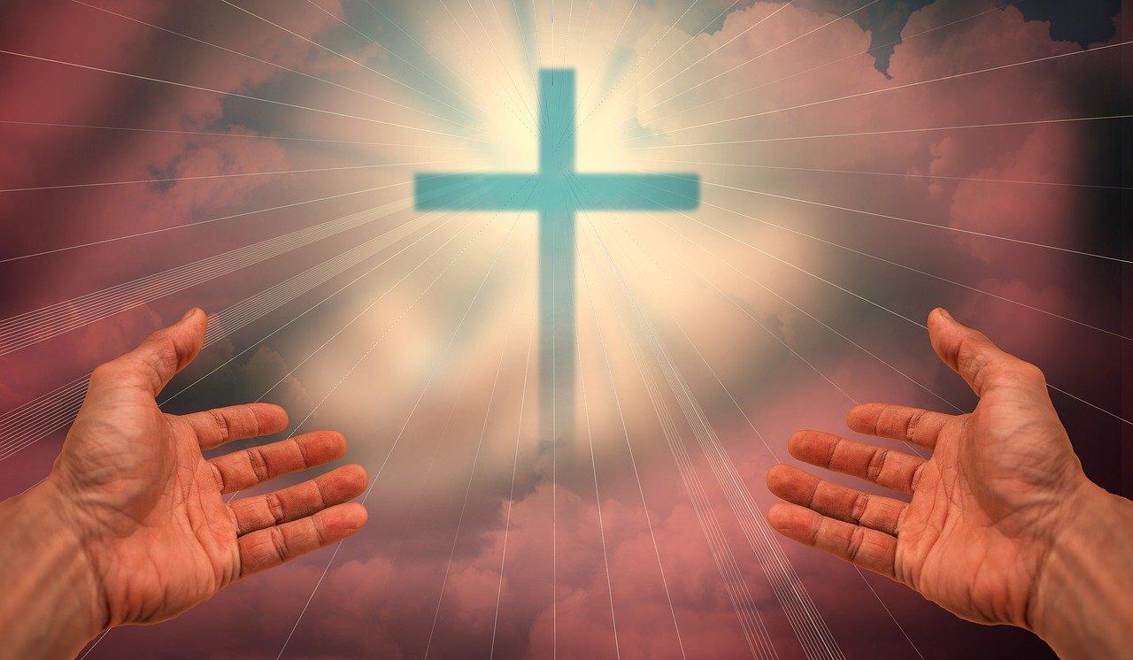 croce e mani