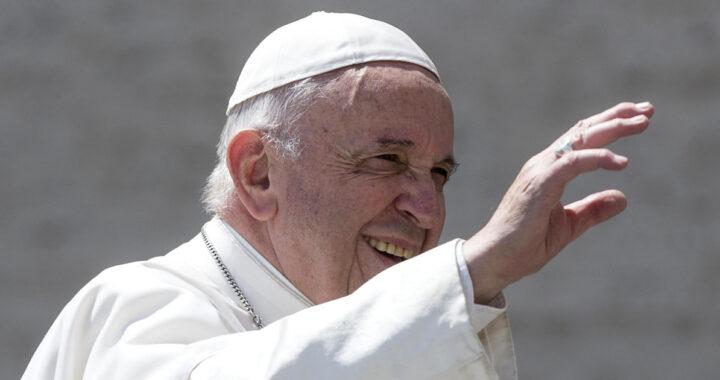 """Papa Francesco: """"Ho assistito a un miracolo, ve lo racconto"""""""