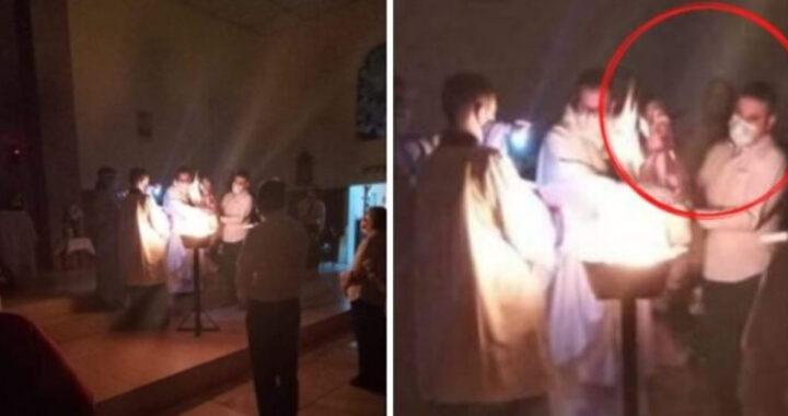 ایا عیسی د ایسټر نظارت پرمهال څرګند شو؟ په کلیسا کې اخیستل شوی په زړه پوری عکس