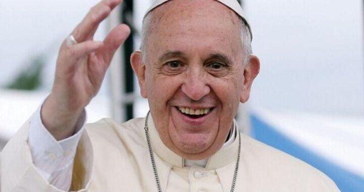 Papa Francesco ringrazia l'ospedale Gemelli, la lettera
