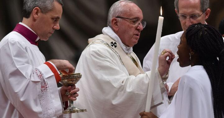Giusto lasciare la Messa dopo avere ricevuto la Santa Comunione?