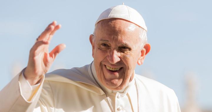 De Poopst Francis annoncéiert eng Reform an der Kierch, déi vill ännere kann