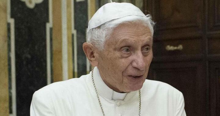 Papa emerito Benedetto XVI rompe il silenzio, dura critica