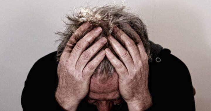 Sacerdote elenca i 6 messaggi mentali che indicano l'oppressione demoniaca